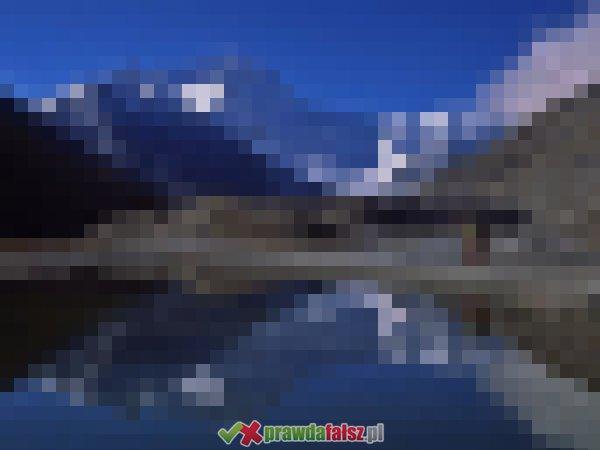Góry odbite w tafli wody