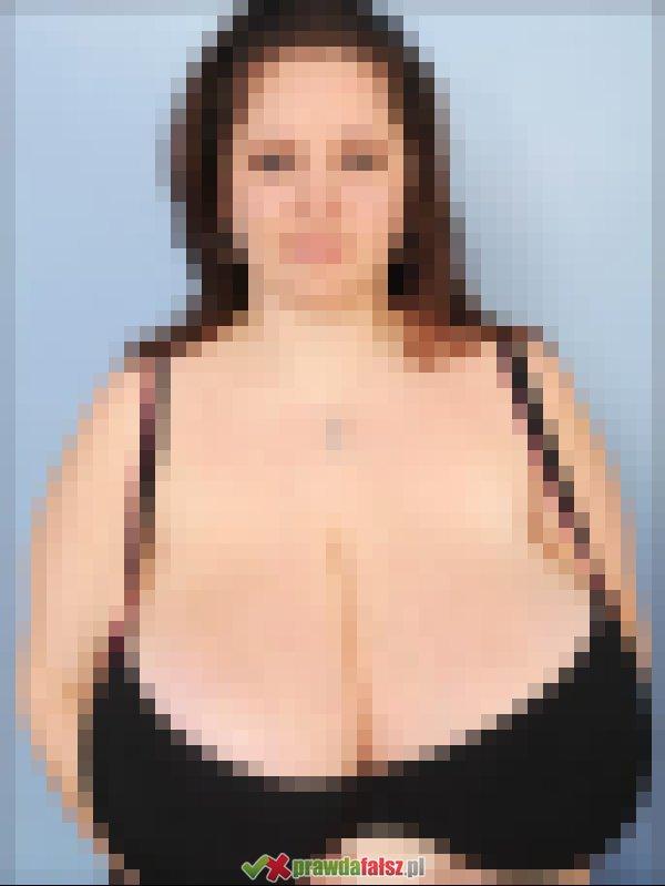 <b>Ogromne</b> piersi - naturalne czy nie?